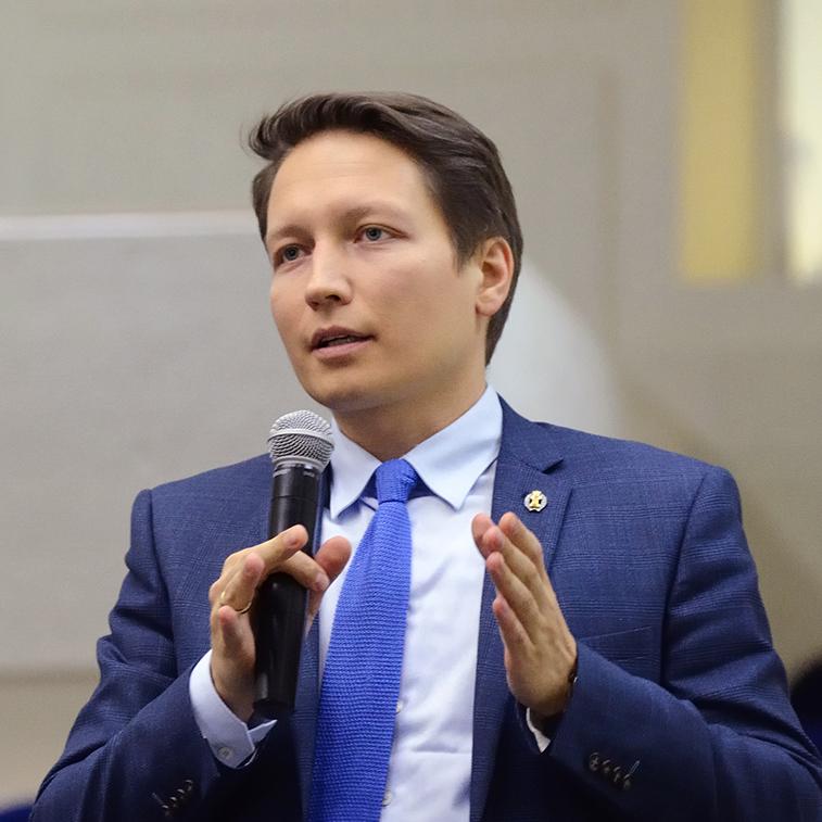 Кирилл Маментьев