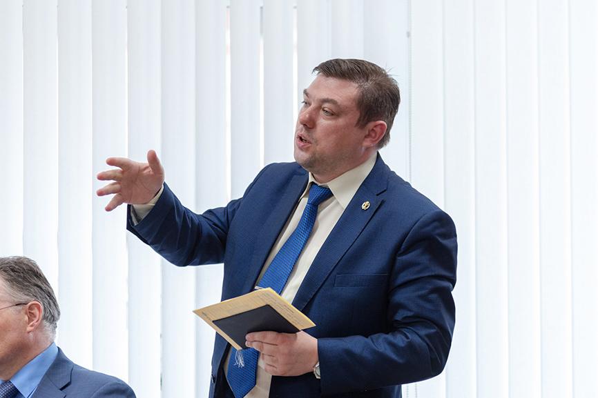 Проект договора с расторжением по неоплате: мнение адвоката Андрея Бурлаченко